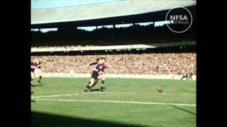 Goalkicking legend John Coleman - rare footage found! VFL Semi Final 1953