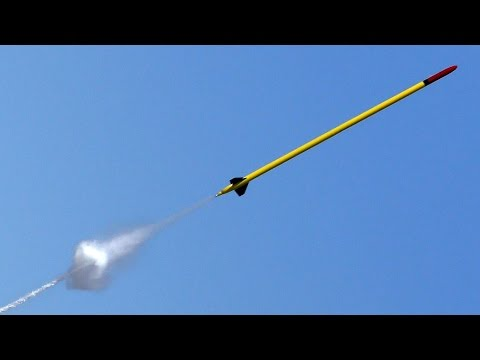 Water Rocket flies to 1752 feet (534m)