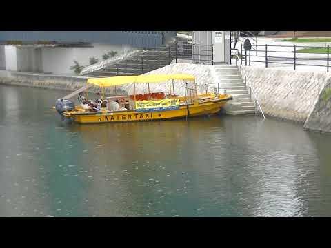 mizu水WATER<広島>広島Hiroshima海上タクシーWater Taxi広島駅前・川の駅(雁木)