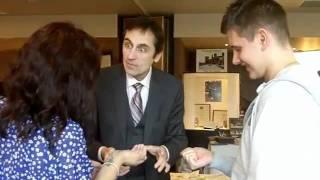Wedding Magician Edinburgh, Close Up Magician Glasgow, Table Magician Hire Scotland