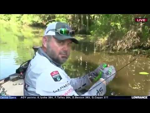 Greg Hackney fills out his limit on the Sabine River