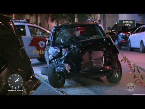 PM morre e duas pessoas ficam feridas em acidente em São Paulo - SBT Notícias (08/05/17)