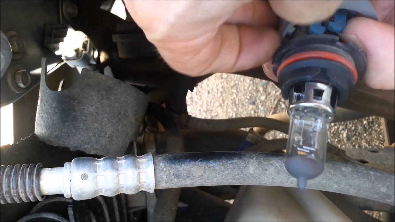 How To Change The Headlight Bulb On A 2000 Dodge Ram Truck 1994 2001