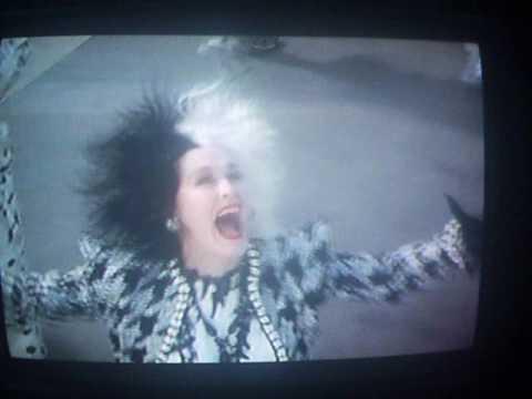 Download 102 Dalmatians Trailer (VHS Capture)