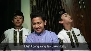 Download lagu Trio Ganteng... Bikin Baperr... 😊😊😆