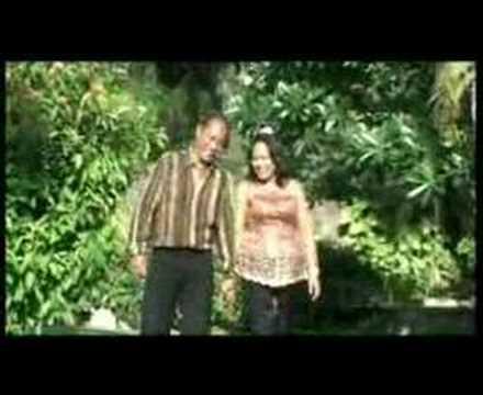 KAU BUKAN DIRIMU - THERESIA & EDU op BALI '06