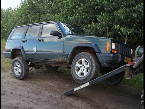 how to install rough country 3 39 39 suspension lift kit o doovi. Black Bedroom Furniture Sets. Home Design Ideas