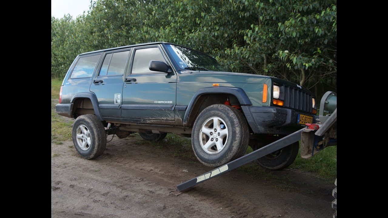 """putting a 2"""" trail master lift kit on a jeep cherokee - youtube"""