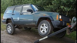 putting a 2 trail master lift kit on a jeep cherokee