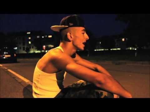 Arma Del Booster - Quel 30 di Gennaio.(Street Video)