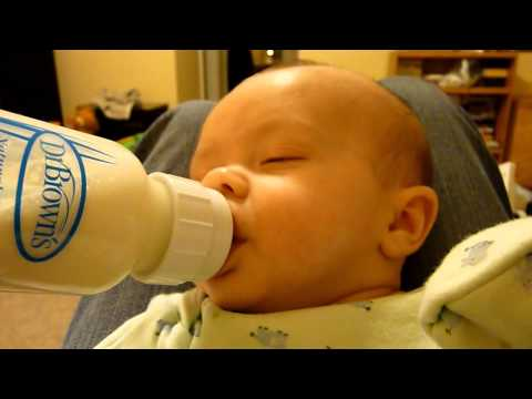 Bedtime Routine - 3 Months Old.wmv