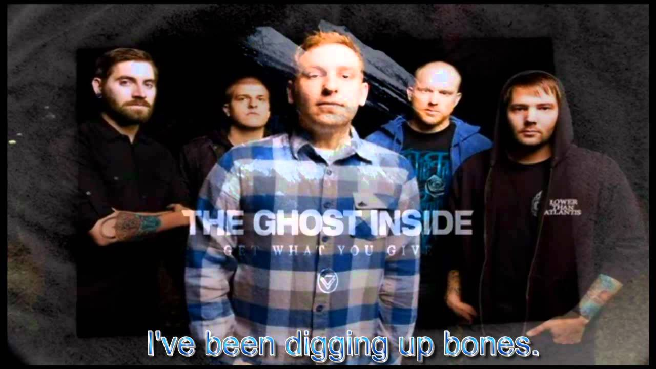the-ghost-inside-dark-horse-white-light-subtitled-cfh9309283