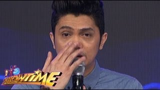 WATCH : Vhong Navarro jokes on his nose job in Showtime