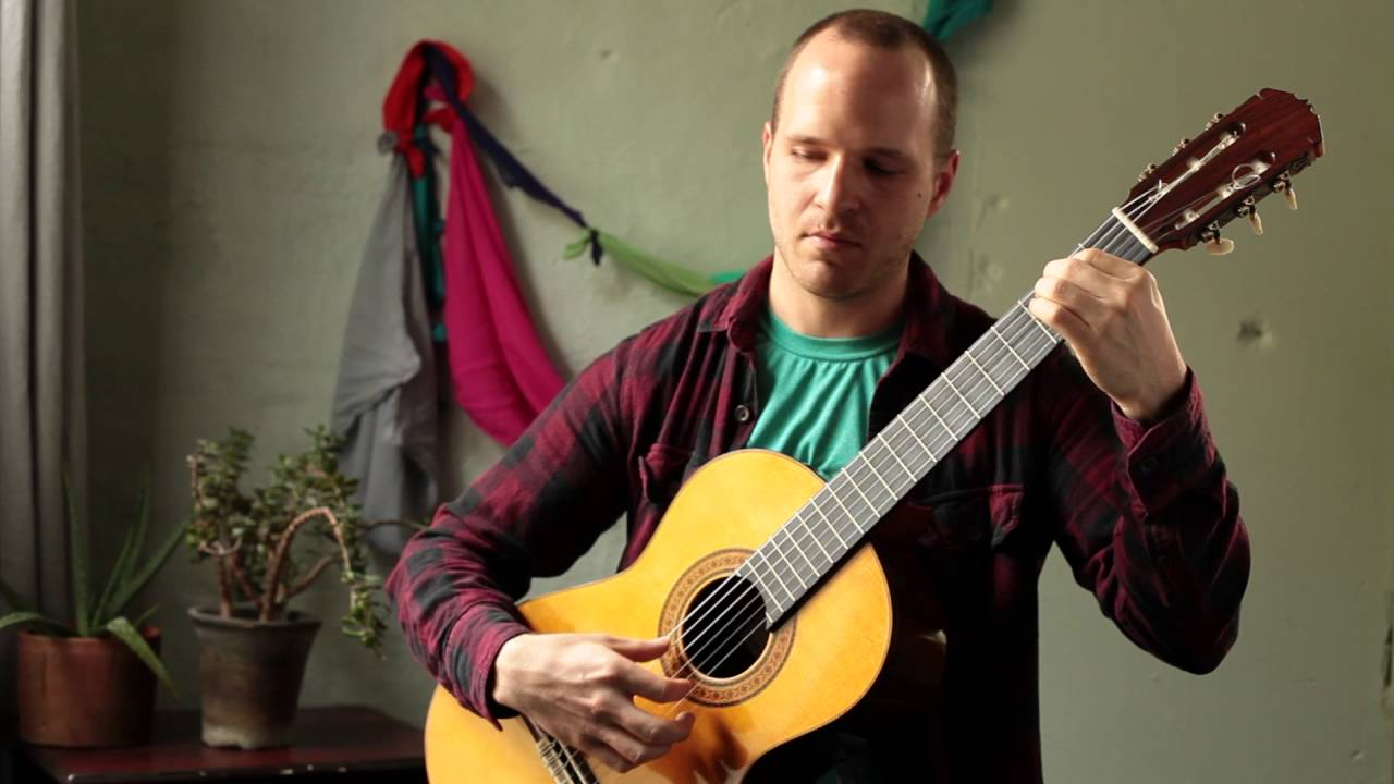"Phil Smith plays ""Lagrima"" by Francisco Tarrega"