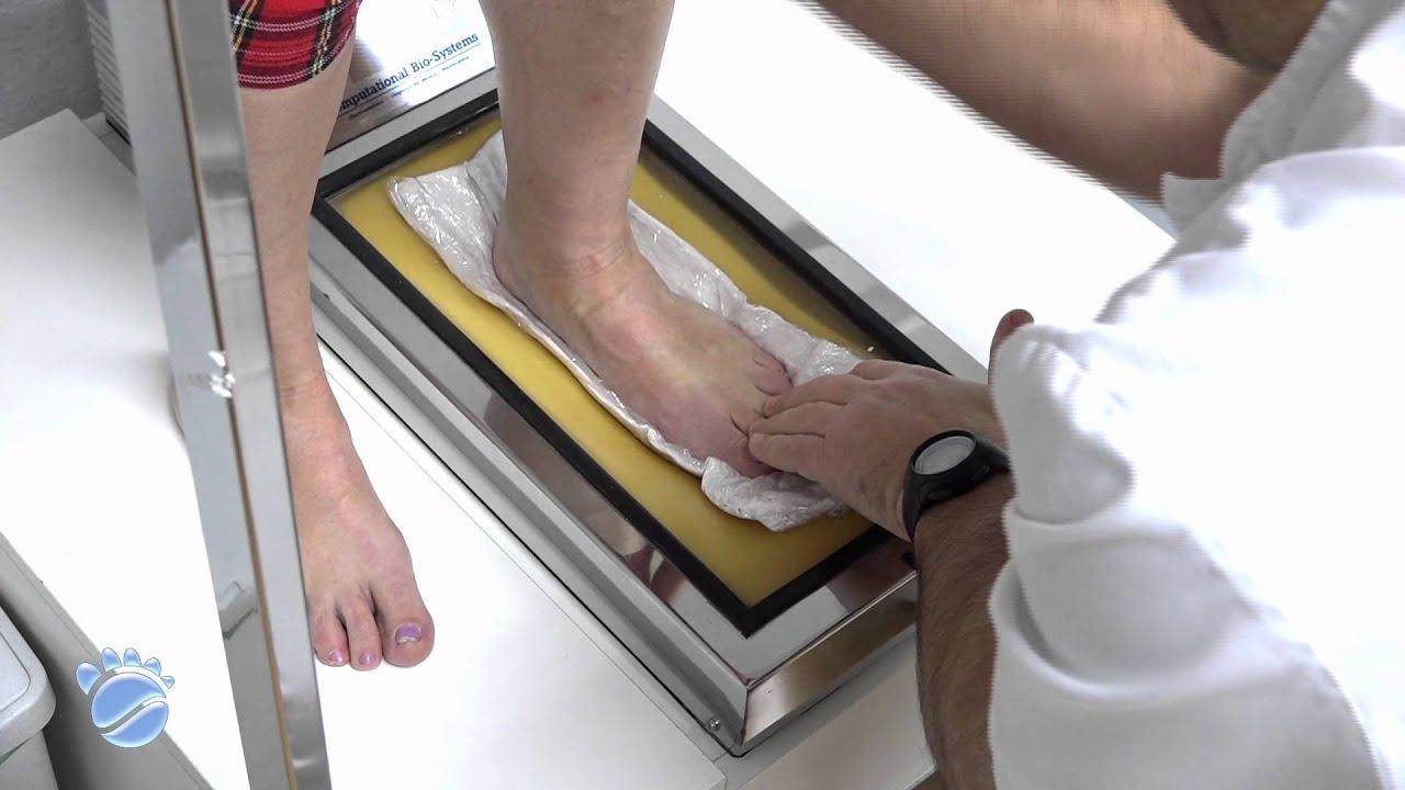 b1dcf4c0a Toma de molde del pie en escayola by Luis Soler