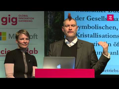 re:publica 2014 - Sascha Lobo, Dorothee Werner: Betriebssystem Buch on YouTube