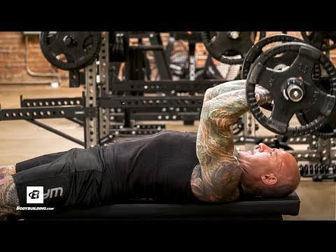 How To Do The Lying Triceps Extension Exercise | Jim Stoppani, Ph.D.