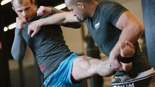 Защита от фронт-кика: уроки тайского бокса с чемпионом мира