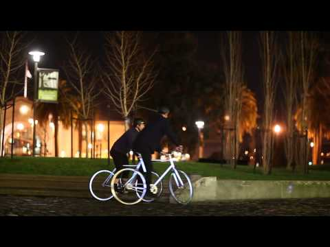 Introducing The Lumen: A Retro-reflective City Bicycle