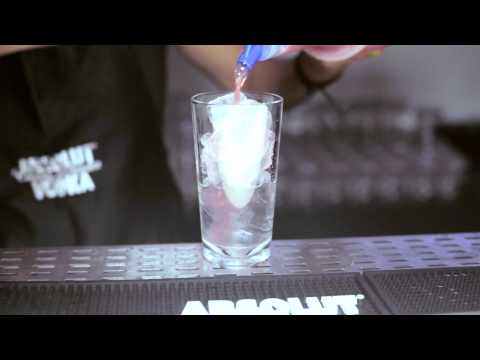 How-To: ABSOLUT Berri Breeze Cocktail