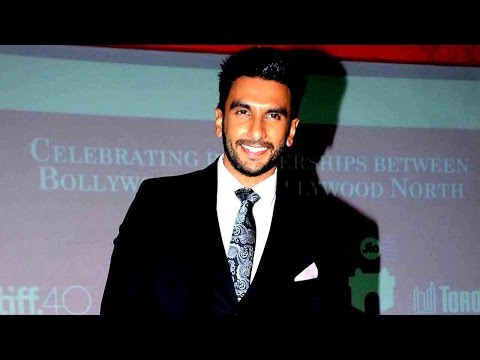 Ranveer Singh Jokes About Being An Eye Candy!
