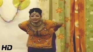 ZARA AKBAR MUJRA - TERE NAAL NACHHAN - PAKISTANI MUJRA DANCE