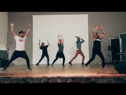 this-is-living-hillsong-young-free-i-coreografia-2o-passo-a-passo-flash-mob-gospel