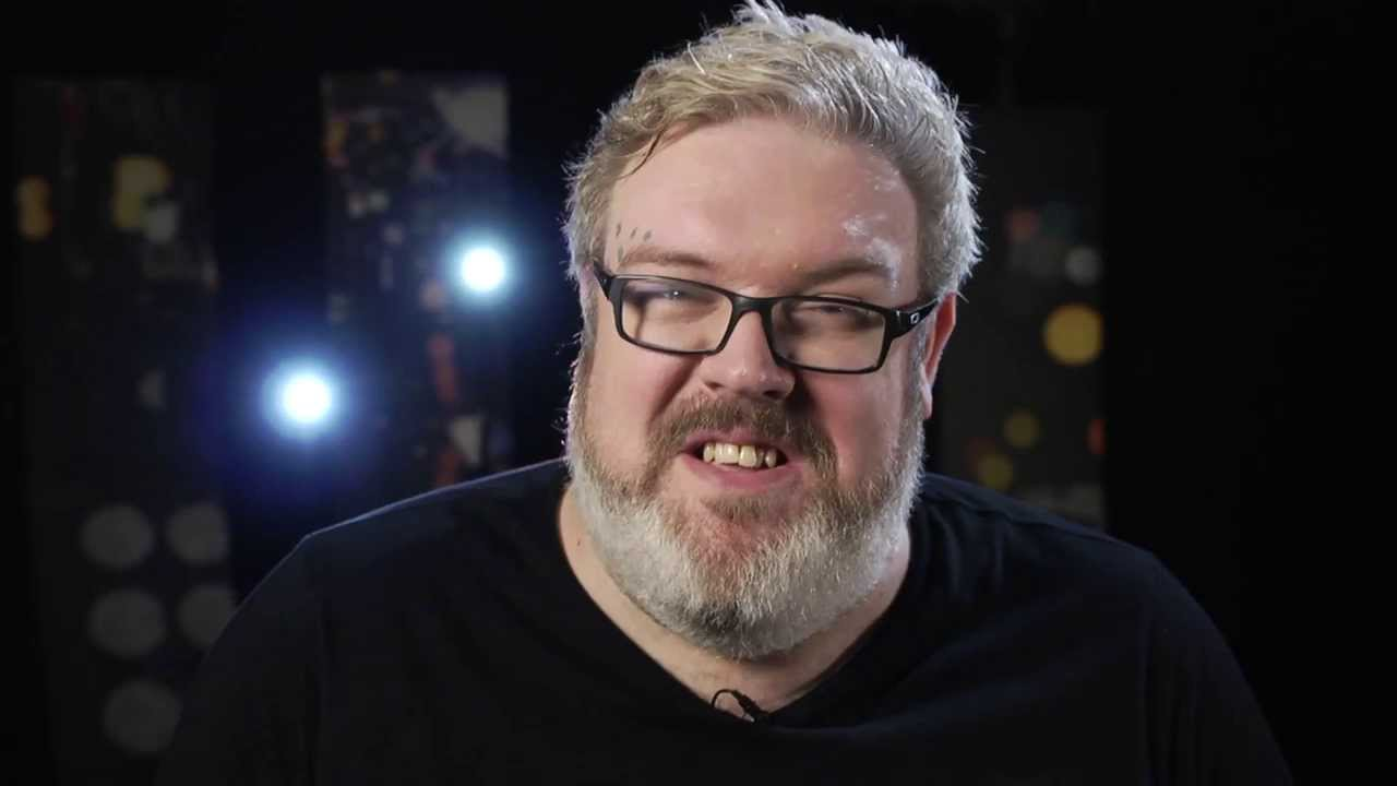 best story ever hodor 39 s uncomfortable exposure on game of thrones set youtube. Black Bedroom Furniture Sets. Home Design Ideas