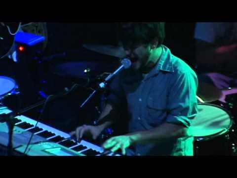 Annuals - Carry Around (Live)