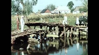 Кто должен ремонтировать мост ? (Отрывок из кинофильма Королева бензоколонки)
