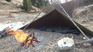 Solo Bushcraft Overnighter Next to Icy Creek