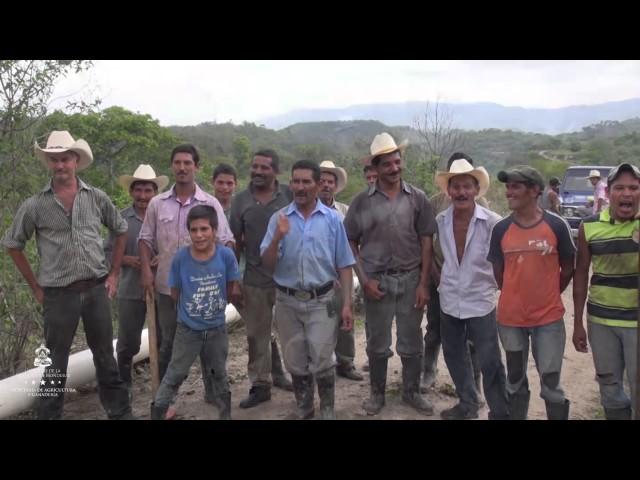 Contrucción de Tuberías para Cosechas de Agua con Fondos FIRSA Campuca Lempira