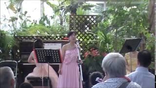 この曲と次には武満徹さんが合唱用に書いた曲が選ばれています。クラシ...