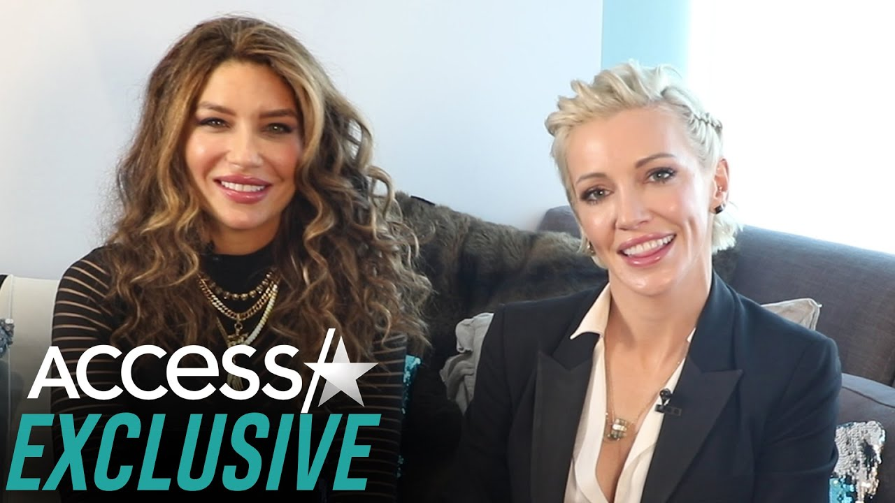 'Arrow': Katie Cassidy & Juliana Harkavy Tease Hopeful 'Canaries' Spin-Off & Invite Margot Robbie
