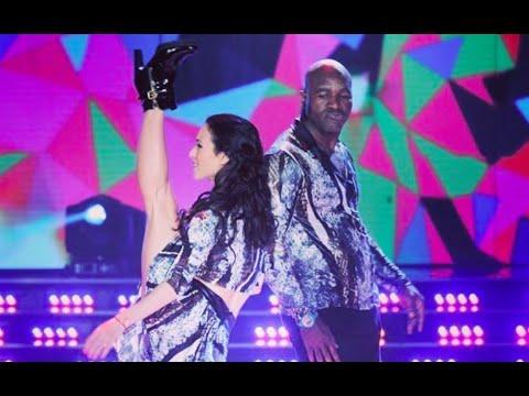 Evander Holyfield dancing in Argentina