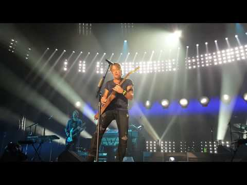 Keith urban...Somewhere in My Car 10/29/2016 Toledo,...