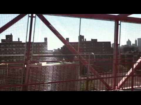 NEW YORK SUMMER 2011 - Biking the Williamsburg Bridge
