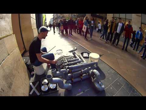 Street Drummer in Bordeaux @ Electro Techno Pvc Instrument