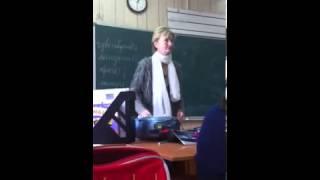 Учительница зажигает на уроке смотреть до конца
