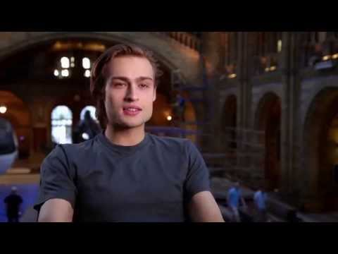 Jupiter Ascending Douglas Booth On-Set Interview