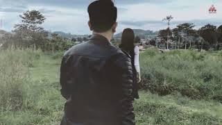 Download ILIR 7 - Salah apa aku (Official music video)