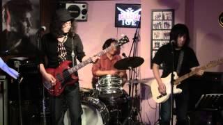 2012/2/4 小岩のサウンドバー: Perfect day で行われたNHAライブの模様...