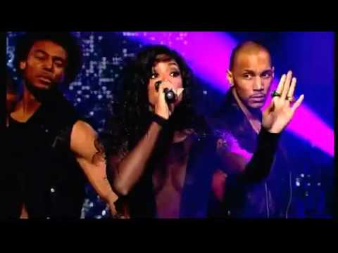 Kelly Rowland - Down For Whatever (Live On The Graham Norton Show)