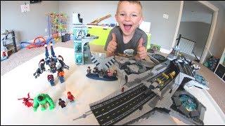 Baixar FATHER SON ULTIMATE LEGO BATTLE! / Avengers Helicarrier!