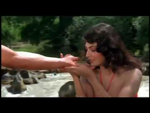 Hemant Birje And Kimi Katkar Sensational  - Tarzan - Best Romantic Scene