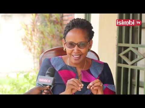 Download Umukobwa wa Victoria NGANYIRA yaduhishuriye byinshi ku buzima bwa nyina
