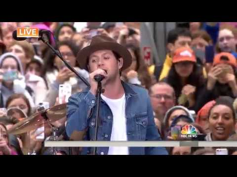 Niall Horan - Slow Hands (Live Today Show)
