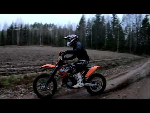KTM SX 125 - Cloudy Day