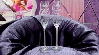 Свадебные бокалы в стразах с инициалами и коронами https://vk.com/club53829666
