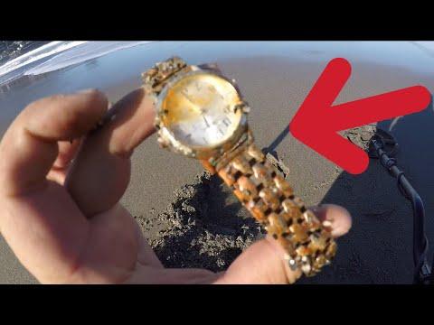 Tesoro encontrado en playa de California usa
